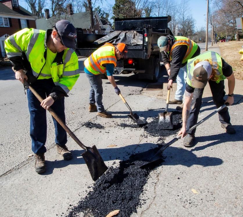Murfreesboro Street Department crew