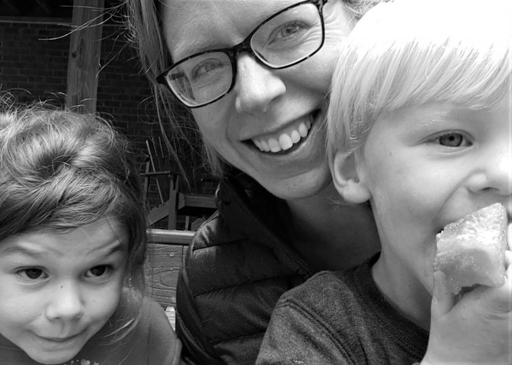 Murfreesboro Mama and her littles
