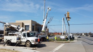 Middle Tennessee Electric workers
