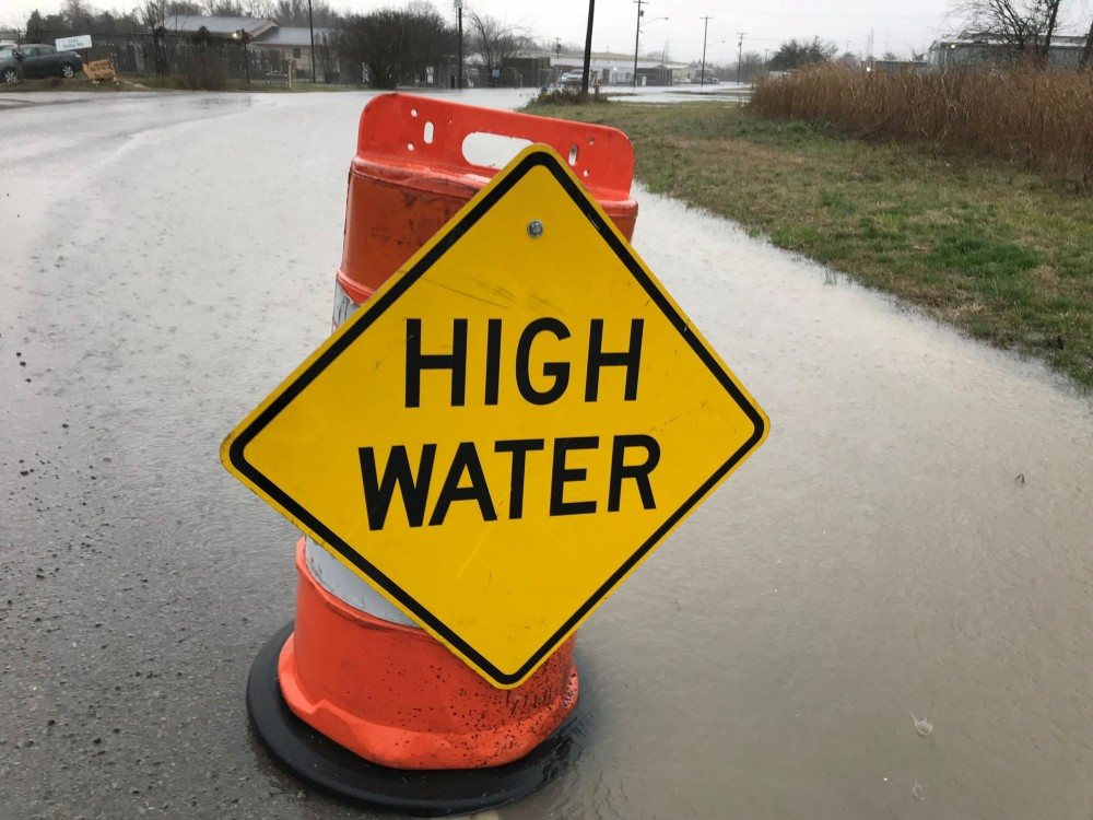 Flooding closes Rutherford County roads