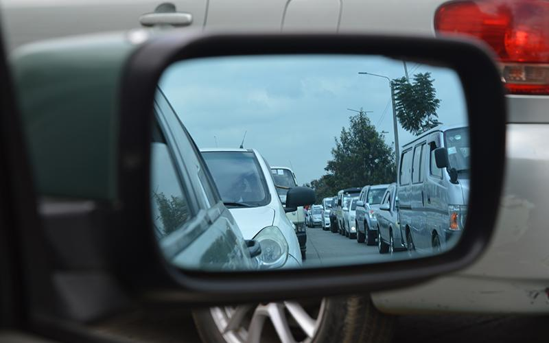 Traffic in a mirror